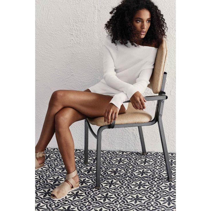 Halston Heritage. #white #nude #fashion #VogueRussia #readytowear #rtw #springsummer2017 #HalstonHeritage #VogueCollections