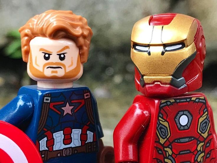 """The nomad and iron man"" . . . . . . . #marvelstudios #avengersinfinitywar #lego #legomarvelsuperheroes #thenomad #ironman #captainamerica #steverogers #tonystark #chrisevans #robertdowneyjr #marvelphase3 #comicbooks #marvelgeek #thegoodguys #thanos #legophotography #instaxykids #xykidsmagz #bricksindonesia #theavengers #blackpanther #antmanandthewasp"