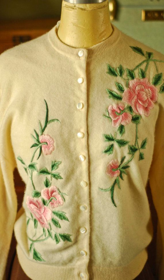 1950s Cashmere Rose Sweater