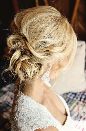 Wedding hair styles - also love this.