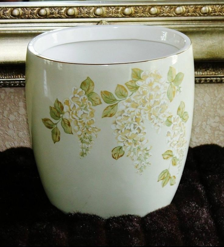 Beautiful Ceramic Oval Floral  Waste Basket - Light Green Asian Theme- PRISTINE!
