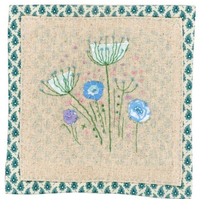 "41 Likes, 1 Comments - Sharon Blackman (@sharonblackmantextiles) on Instagram: ""#Sharonblackman #folkart #textiles #handmade #applique #sewing #blueflowers"""