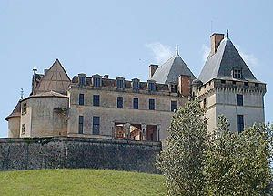 The Château de Biron is a castle in the French commune of Biron in the valley of the Lède, a tributary of the Lot River in the département of Dordogne in Périgord, part of the Aquitaine. Biron was held by Cathars in 1211 and taken by Simon IV de Montfort the following year. The Plantagenets held it at times during the 14th and 15th century. Biron was erected as a duché-pairie in 1598, for Charles de Gontaut, created duc de Biron.  The present château bears additions over the centuries that…