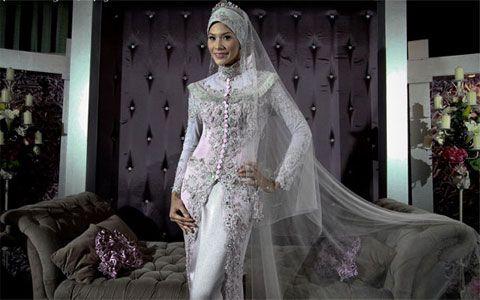 Kebaya Fashion  http://www.modelbajukebaya.com/