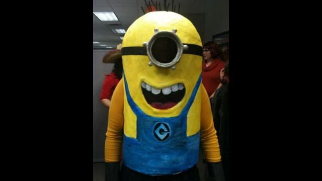 Homemade Despicable Me Minion Costume :: Halloween DIY Crafts :: Blaffin