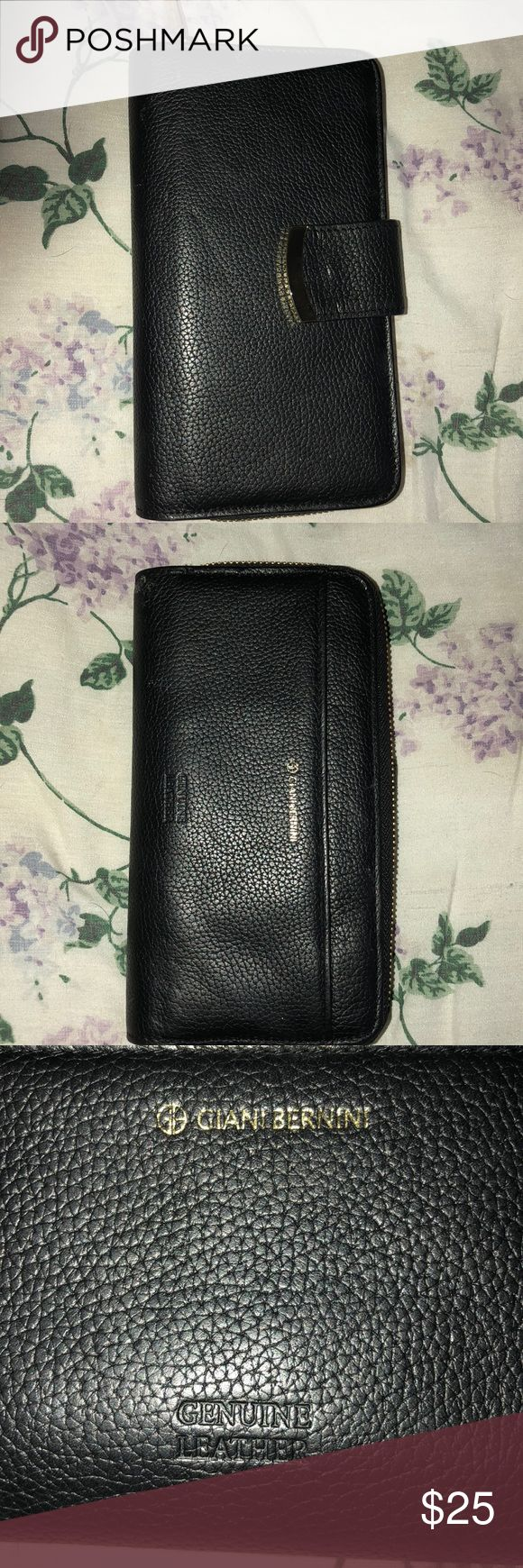 """GIANI BERNINI NWOT 100% Black pebble wallet GIANI BERNINI Black pebble wallet with gold zipper and a pouch in front a zipper with another zipper pouch inside and plenty of room for cards and ID with a pen holder and a slot for checks  Never used! 8"""" x 41/2"""" Giani Bernini Bags Wallets"""
