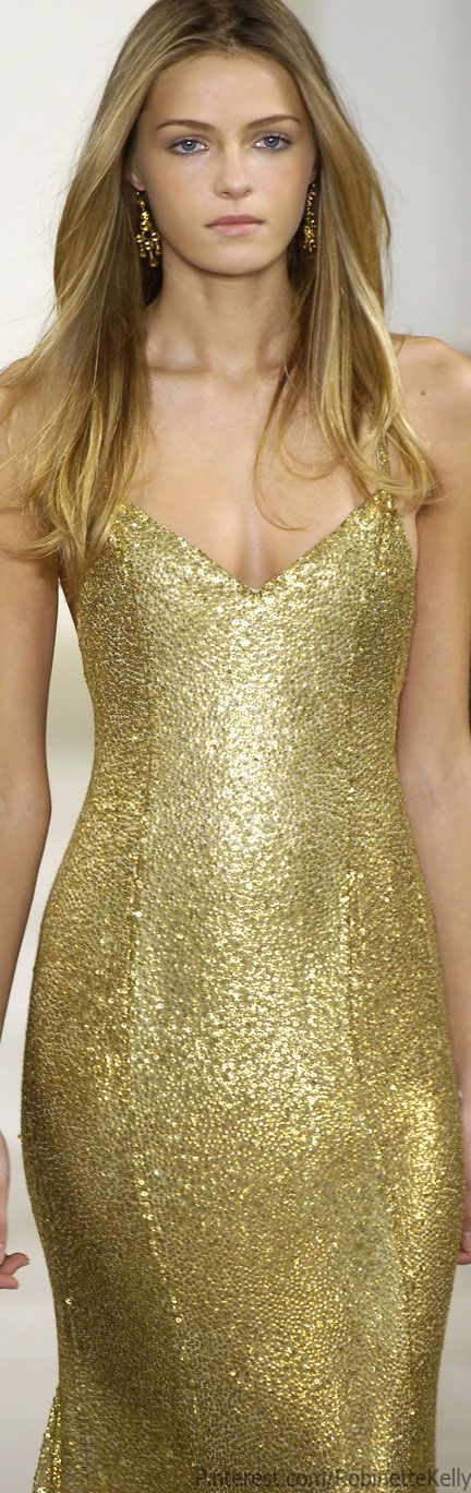 Stunning. Ralph Lauren Fall/Winter 2006 via @robinettekelly. #RalphLauren #gold