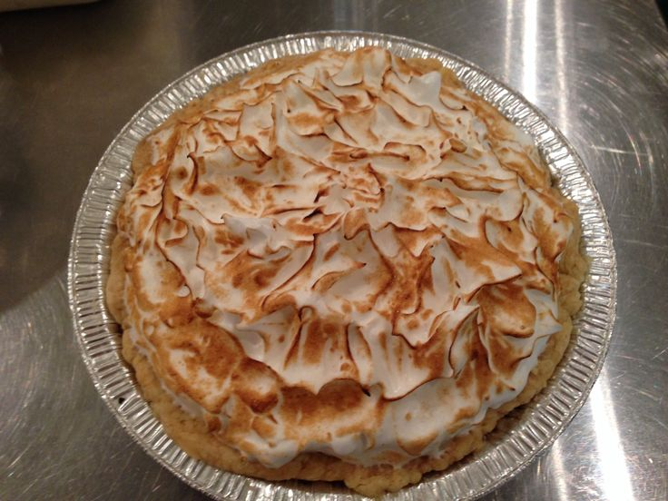 Lemon meringue pie made with all-natural ingredients including freshly-squeezed lemon juice!