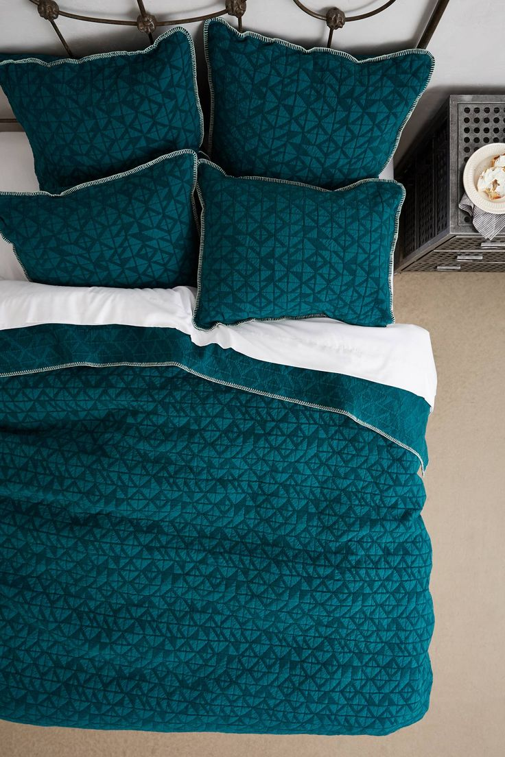 Anthropologie geo chenille queen coverlet quilt bedding for Bedroom nothing lasts chords