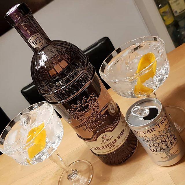 @cityoflondondistillery Christopher Wren Gin. @fevertree_uk Naturally Light Tonic Water. #dandywithlens #gin #gintonic #ginlovers #gt DandyWithLens.com