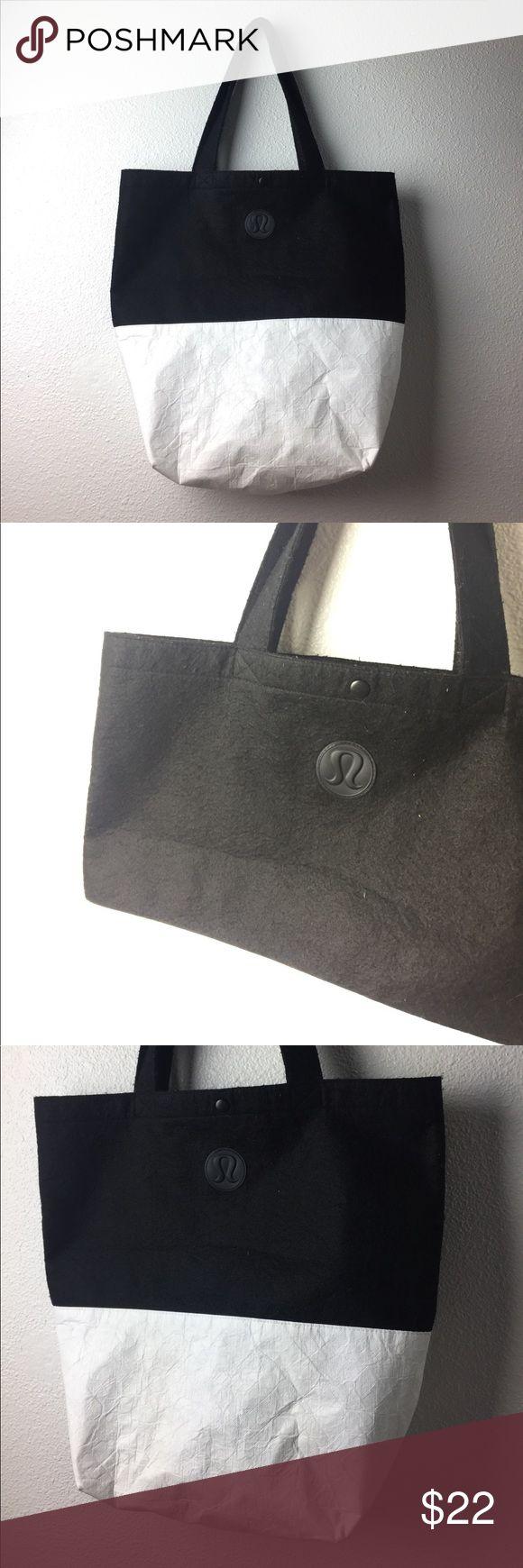 Reusable Lululemon Bag ✨ Used but clean condition. Material on top is Black felt? Nice big spacious bag. lululemon athletica Bags