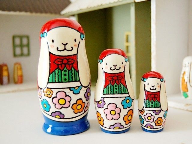 - Matryoshka - Rabbit Nesting Dolls