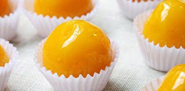 Receita bem prática que vai agradar até aqueles que não gostam muito de doces. Experimente. Como fazer Bala baiana.