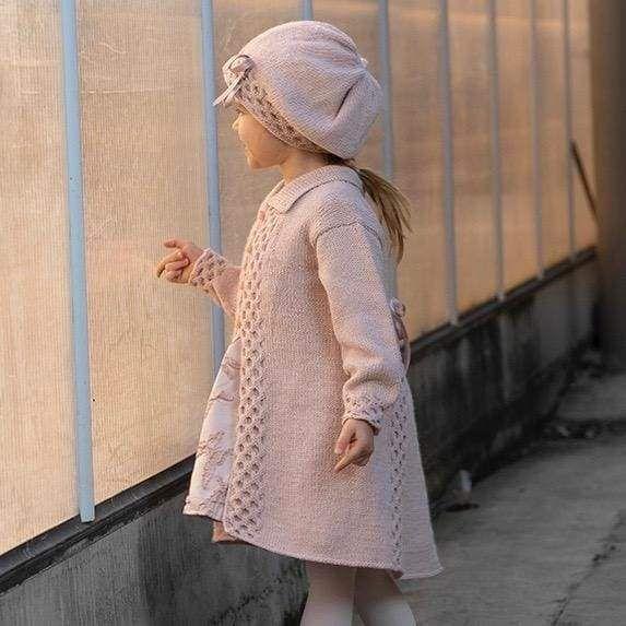 Strikk The Look: Fia kåpe og lue – Strikkemani