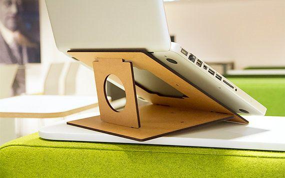 Flio - Ultra Portable und leichtes Laptop Stand - Hartfaserplatte