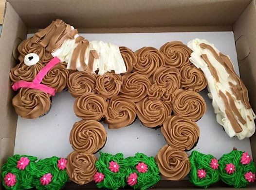 Horse party cup cakes