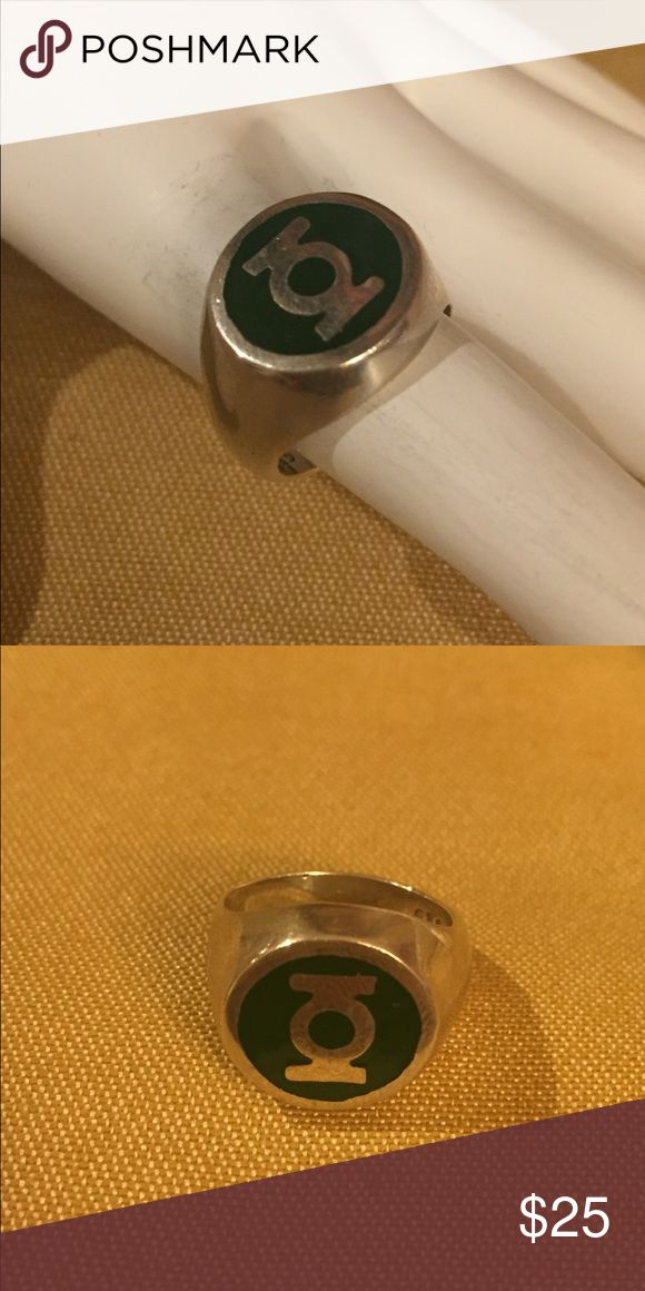 STERLING SILVER GREEN LANTERN SIZE 6.5 RING!! I'm selling a beautiful Sterling silver 925 stamped symbol ring. In amazing condition!! It's a stunning piece! Contact me if interested. Jewelry Rings