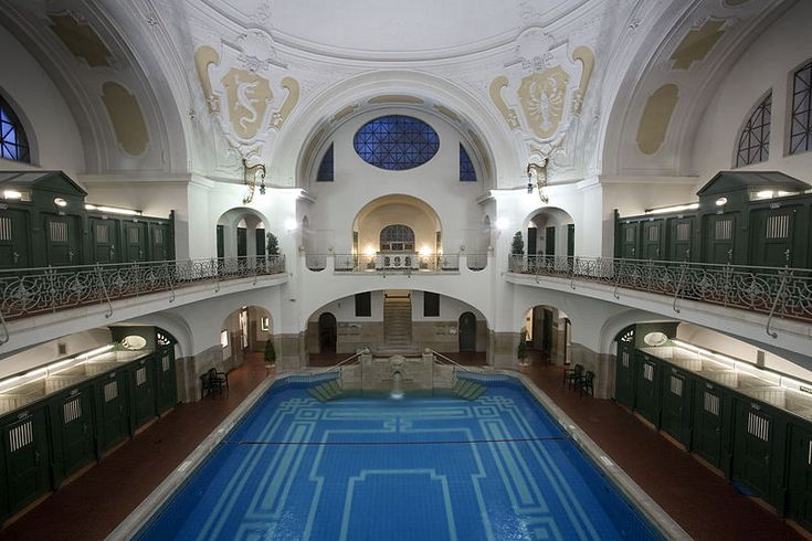 Müller'sche Volksbad - Unusual Things to Do in Munich - Get naked and take a dip in these relaxing pools... Why not??