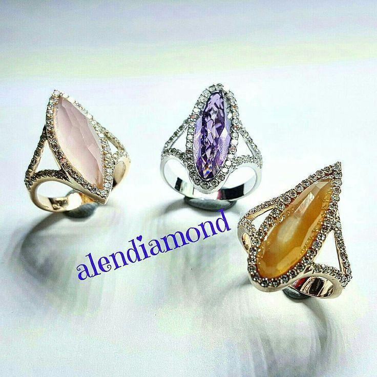 Diamond rings color stone