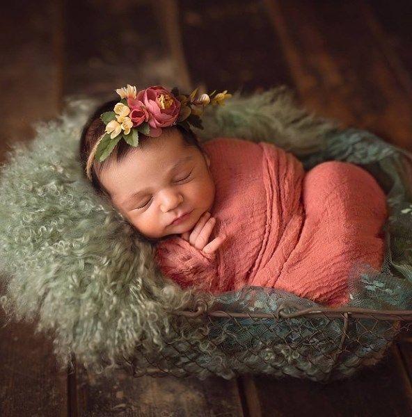 Gauzy Swaddling Blankets! Perfect Photo Props {Jane Deals}