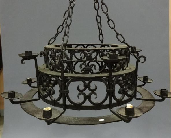 1000 ideas about lustre fer forg on pinterest pendant for Architecture neo gothique