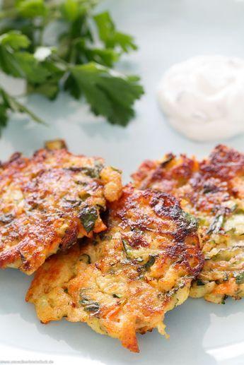 Zucchini Karottenpuffer – die leckeren Gemüsepuffer   – Rezepte