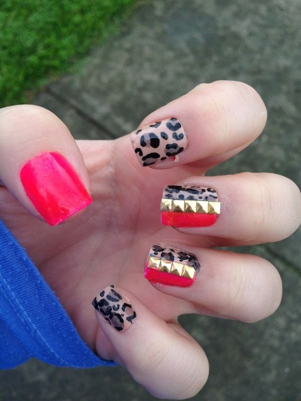 Leopard & hot pink with gold studs