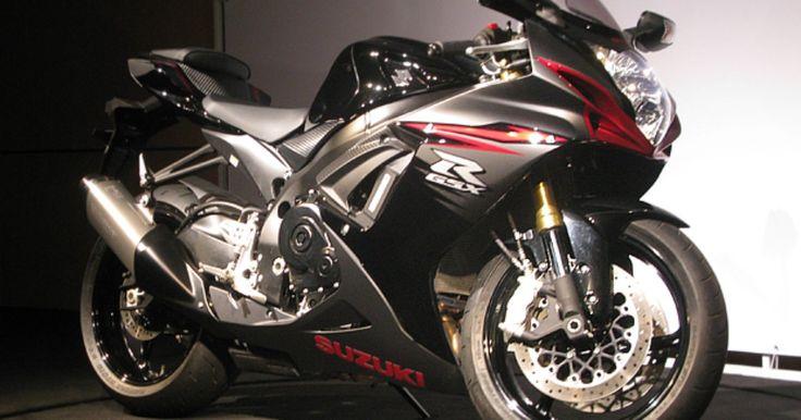 Suzuki faz recall de 12 modelos de moto no Brasil