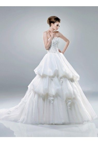 http://www.robesdemariage.eu/robe-de-mariage-populaire-c-51
