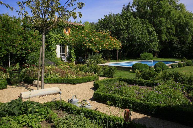Les 34 meilleures images propos de jardin a la fran aise for Jardin anglais caracteristiques