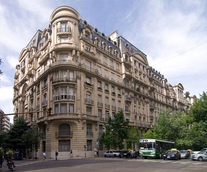 El Palacio Estrugamou de 1924 es un hito arquitectónico de la arquitectura señorial de la primera mitad del siglo XX en la ciudad de Buenos Aires