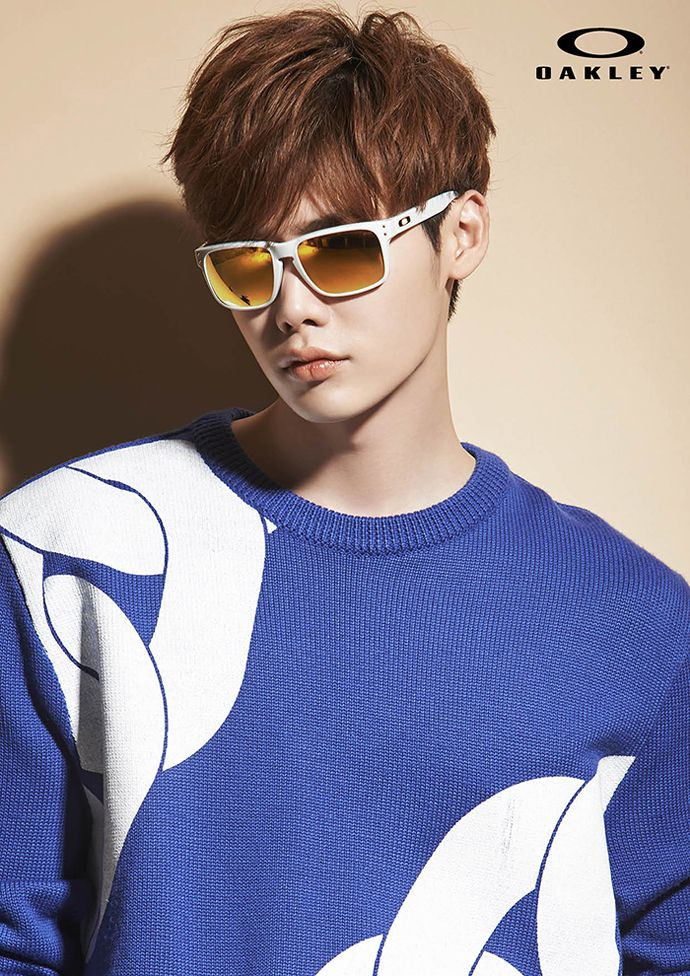 More Of Lee Jong Seok For OAKLEY Eyewear's S/S 2015 Ads | Couch Kimchi