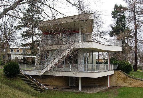 Schmink House