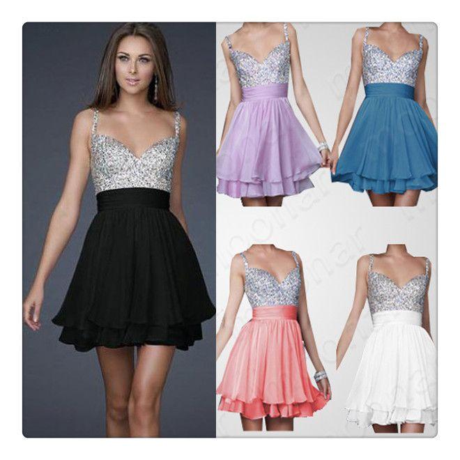 El mismo modelo de vestido en diferente color. Brillante top con falda de vuelo