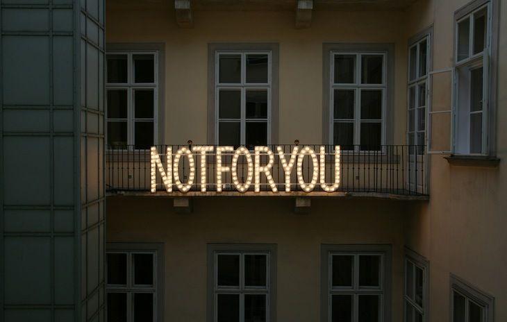 Monica Bonvicini, Installation view: THIS IS NOT FOR YOU. Thyssen-Bornemisza Art Contemporary, Vienna, 2006-2007 © Michael Strasser / TBA21, 2006-2007