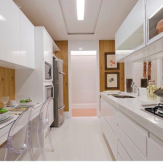 Las 25 mejores ideas sobre puertas de aluminio en for Cocinas en paralelo