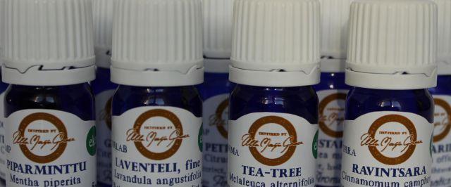 Aromatican korkealaatuiset eteeriset öljyt soveltuvat iholle laimennettuna tai tuoksukäyttöön. Niistä valtaosa on eko-laatua.