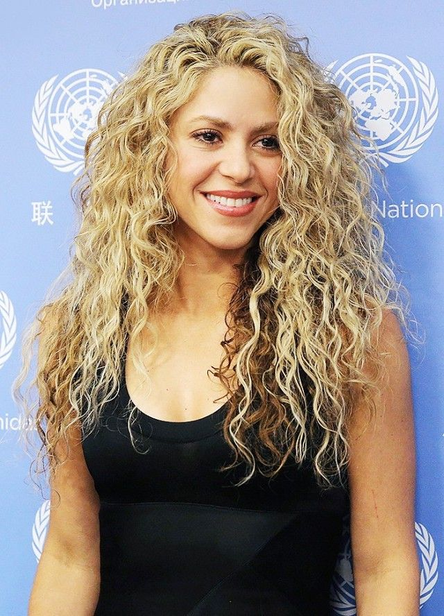 shakira hair ideas