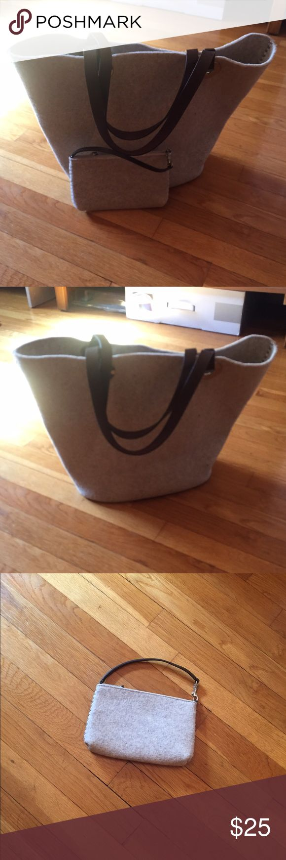 Large tote Bag with small tote inside Wool fabric in a light oatmeal color with chocolate brown leather handles. In brand new condition. Maybe used twice Banana Republic Bags Totes