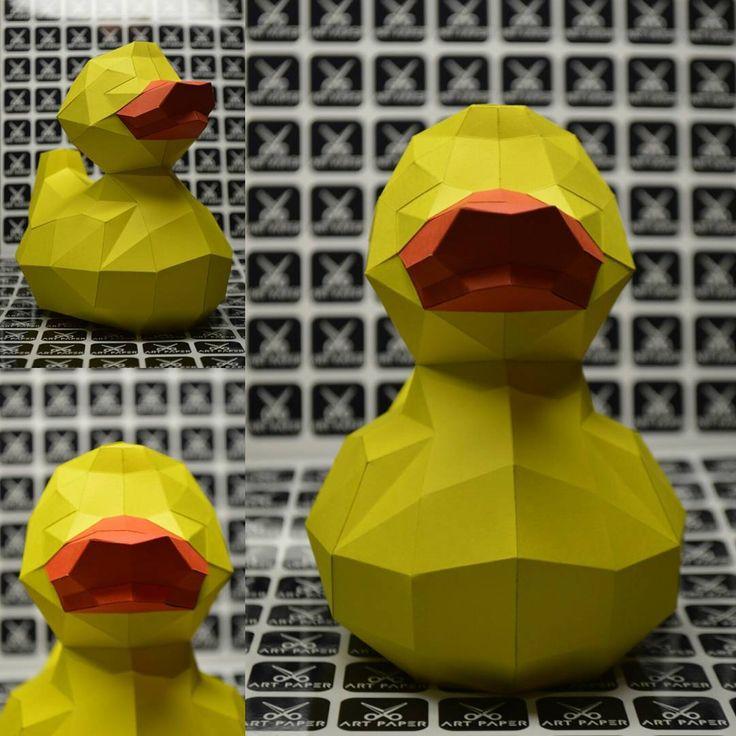 А вот и утя) КРЯ КРЯ #крякря #утенок #избумаги #ручнаяработа #сделайсам #украина #бумага #ARTPAPER #lowpoly #paper #handmade #2017 #craft #create #polygonal #polygonalart #papercut #duck #duckling #ukraine #pepakura #papercraft #moscow