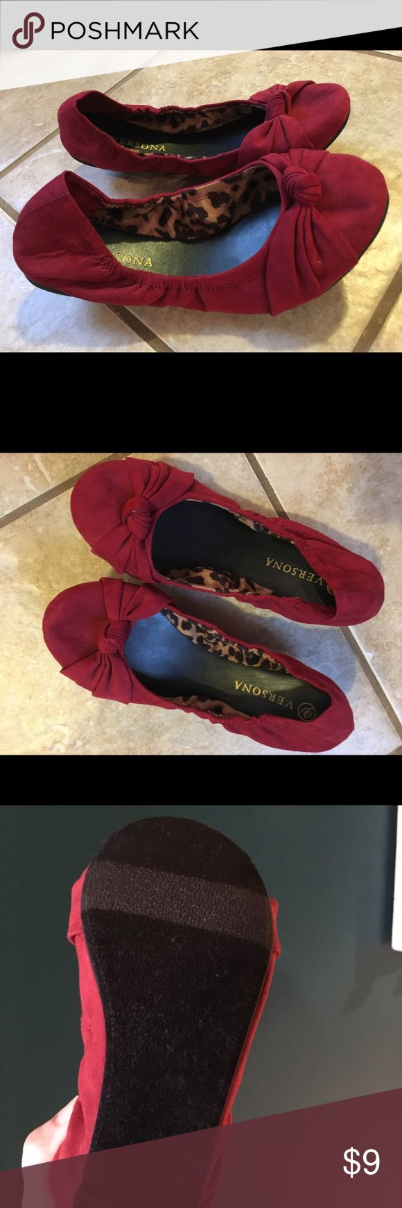 Red ballet flats Red ballet flats from versona. Never worn outside. Practically new. Size 8. Shoes Flats & Loafers