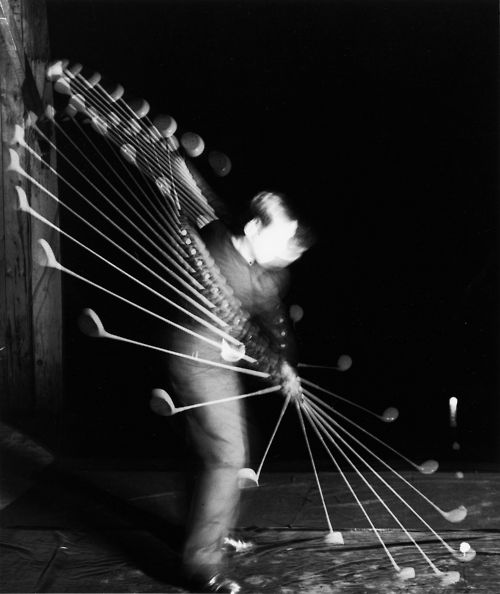 I like the swinging motion all the way to the contact of the ball. Harold Edgerton: Bobby Jones Swing Golf Club, Side View, 1938
