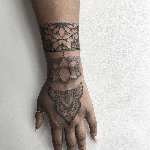 Feather Bracelet Tattoo On Wrist For Men: 25+ Best Wrist Bracelet Tattoos Trending Ideas On