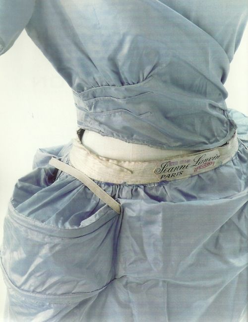 1920s, detail of panniers inside a Jeanne Lanvin dress. Similar to the 18th Century pocket bags.