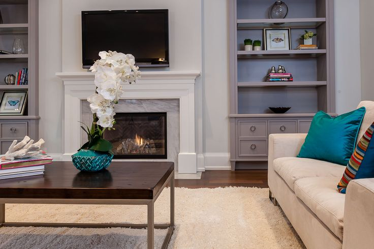 Home Staging Toronto Project Glengowan Road - Family Room Photo 3