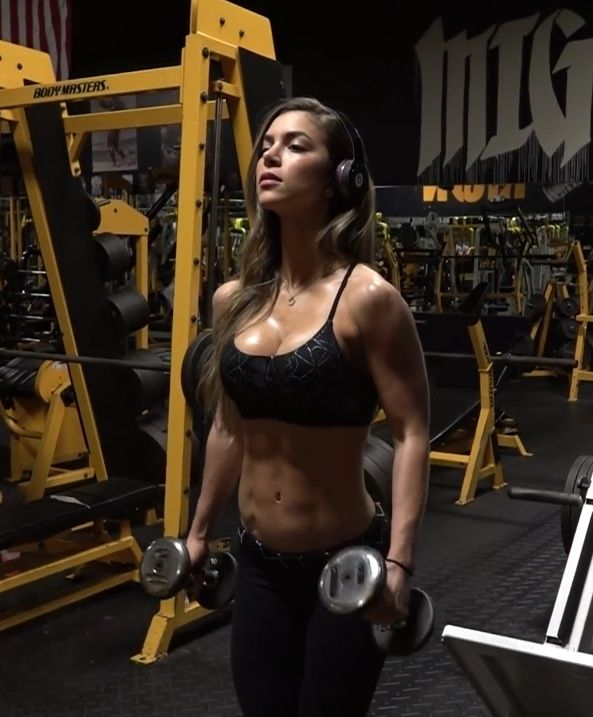 ANLLELA SAGRA WORKOUT | Anllela sagra, Top fitness models, Workout