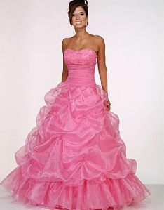 pink poofy prom dresses...wouldn't look this good on me, but it's adorbs