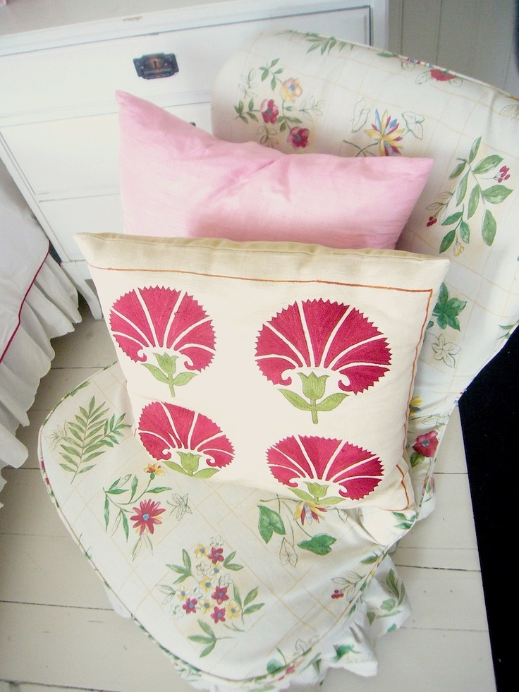 pillowColor Palettes, Gardens Style, Angled, Style Envy, Pink, Green Colors Palettes, Prints, Pillows