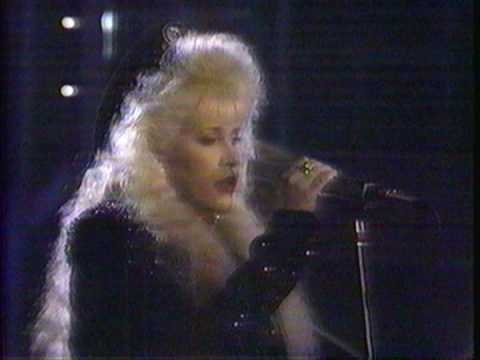 Stevie Nicks and Robbie Nevil singing Silent Night in the ...