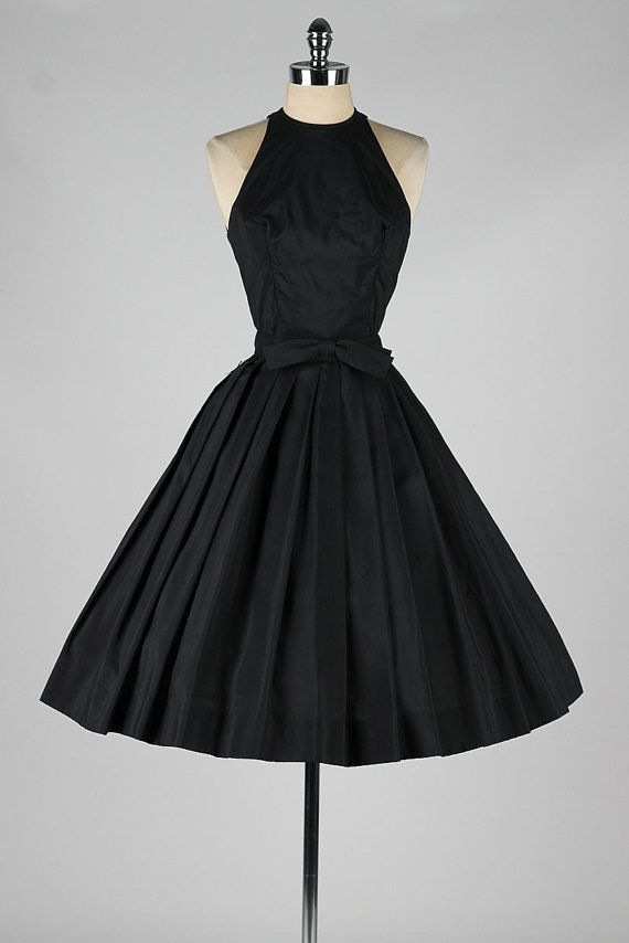 I'd wear this dress on any occasion! vintage 1950s dress . SUZY PERETTE . black by millstreetvintage